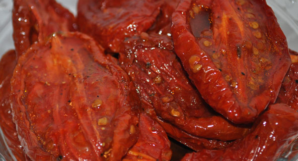 roasted-tomatoes-close-up