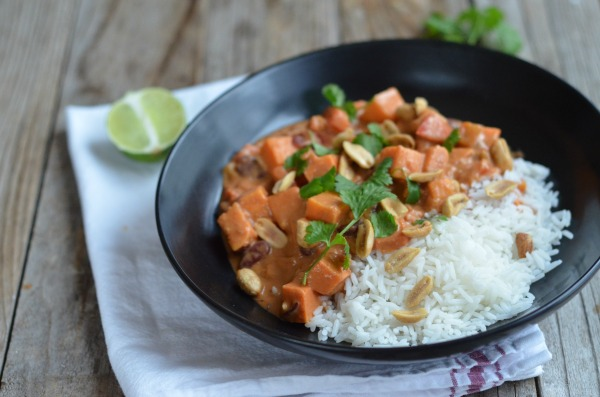 Vegan Sweet Potato Peanut Stew | mountainmamacooks.com
