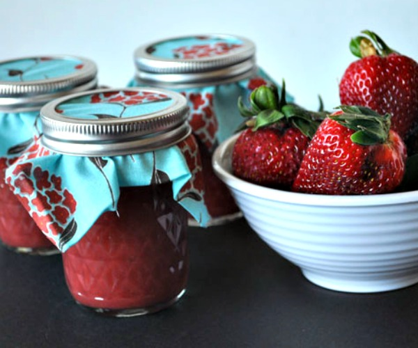 canning-jam-with-honey-1