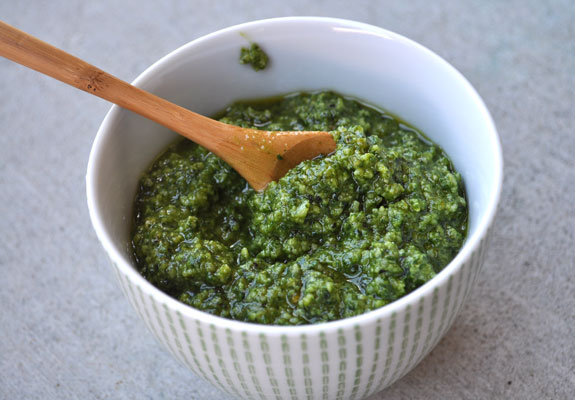 summer-staple-basil-pesto