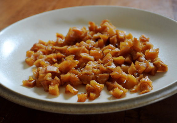 cooked-dried-apples-for-quick-bread