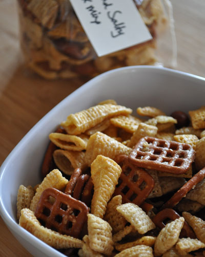bugels-honey-chex-mix-recipe-mountain-mama-cooks