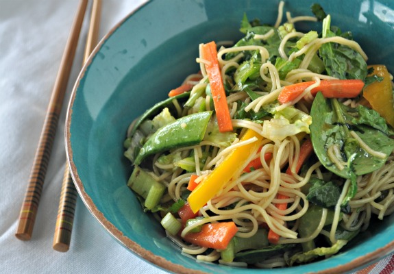 Asian-Noodle-and-Greens-Salad-1-mountainmamacooks