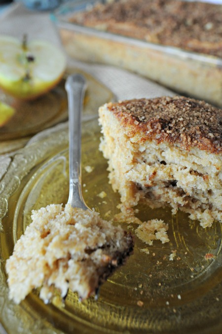 Cinnamon Pear Butter Spice Cake, www.mountainmamacooks.com