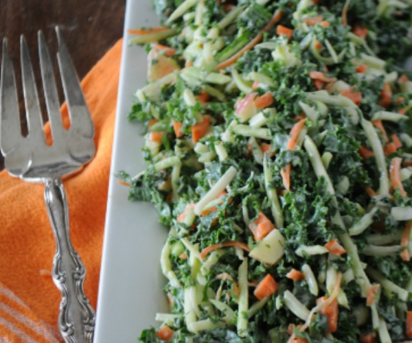 Fall-Kale-Salad-www.mountainmamacooks.com_