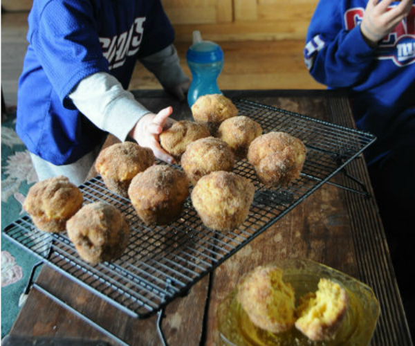 Football-Sunday-Giants-Football-Pumpkin-Muffins-www.mountainmamacooks.com_