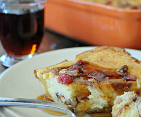 Cranberry-Orange-French-Toast-Casserole-www.mountainmamacooks.com_