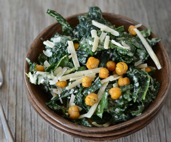 Kale Salad with Crispy Garbanzo Bean Croutons feature, www.mountainmamacooks.com