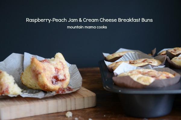 Raspberry Peach Jam & Cream Cheese Breakfast Buns, www.mountainmamacooks.com #highaltitudebaking