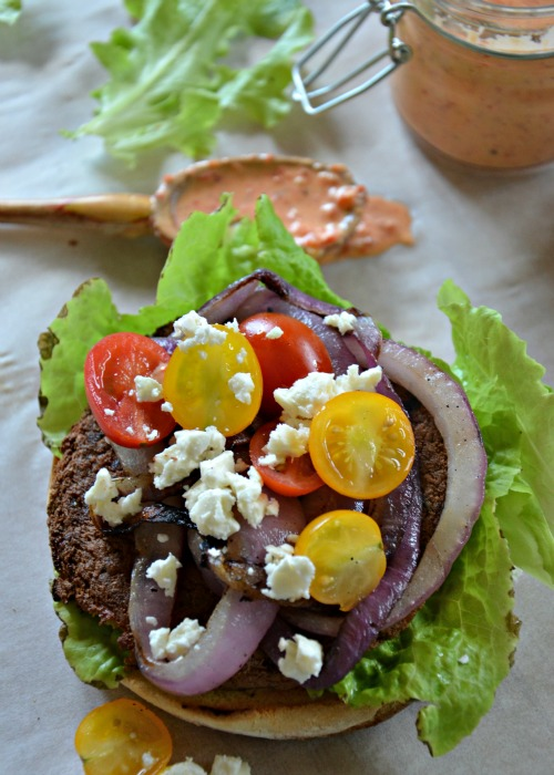 Quick Grilled Greek Veggie Burgers, www.mountainmamacooks.com