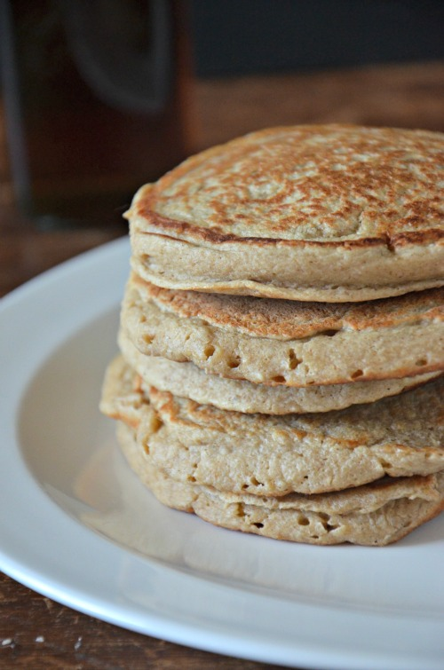 Gluten Free Banana Oat Blender Pancakes, www.mountainmamacooks.com