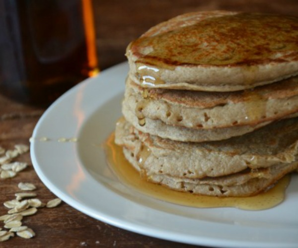 feature-Banana Oat Blender Pancakes, www.mountainmamacooks.com #califiafarms #glutenfree #dairyfree