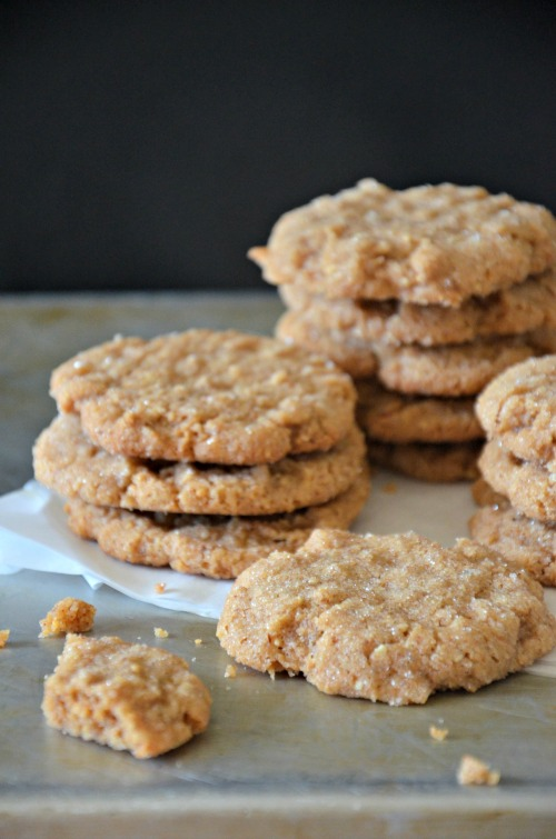 These gluten free and grain free peanut butter cookies come together ...