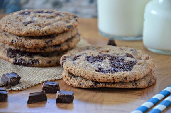 Whole Wheat Chocolate Chunk Cookies with Toffee & Sea Salt, www.mountainmamacooks.com