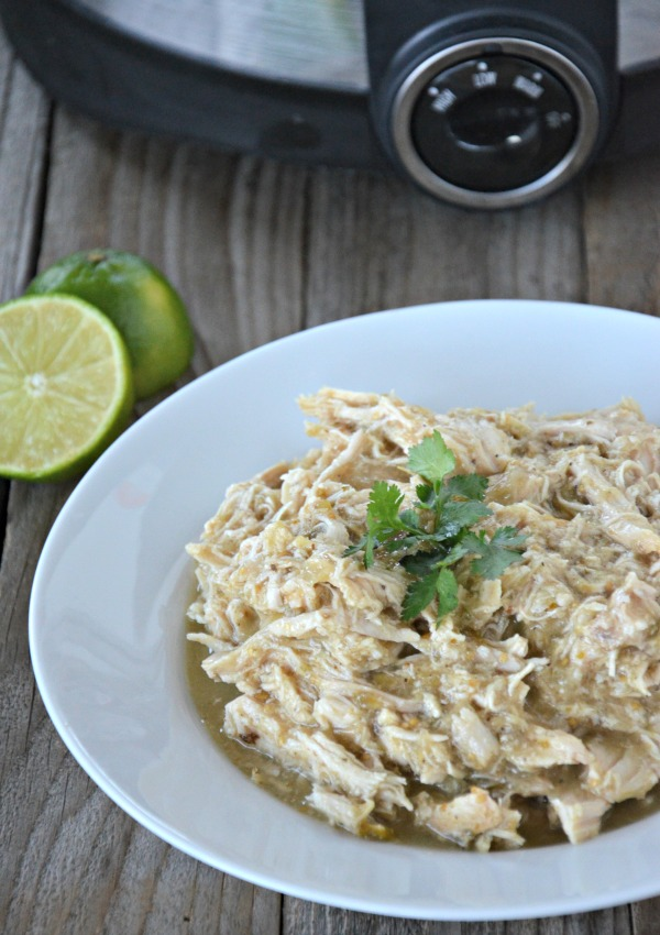 Slow Cooker Green Chili Chicken | mountainmamacooks.com