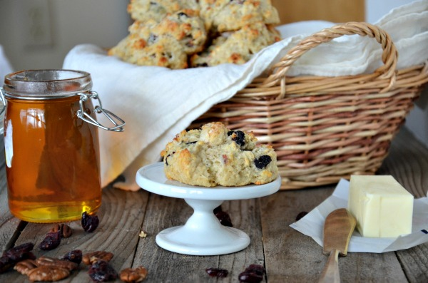 Blue Cheese, Pecan and Dried Cherry Drop Biscuits | mountainmamacooks.com