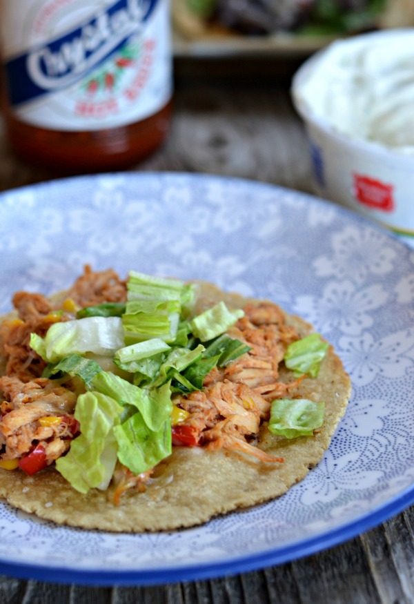 Slow Cooker BBQ Chicken Tacos | mountainmamacooks.com