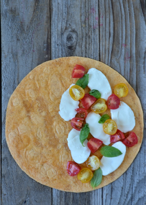 Grilled Caprese Quesadilla | mountainmamacooks.com #TacoTuesday