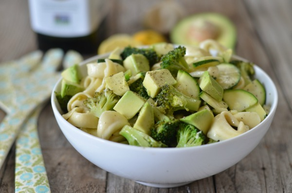 Green Goddess Tortellini Salad | mountainmamacooks.com