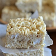brown-butter-vanilla-bean-rice-krispie-treats-feature