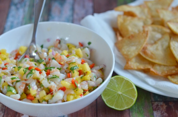 Pineapple Shrimp Salsa | mountainmamacooks.com #tailgate