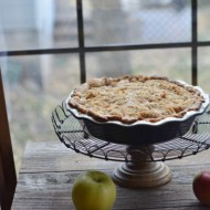Apple Crumb Pie   mountainmamacooks.com