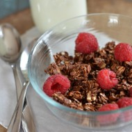 Chocolate Granola | mountainmamacooks.com