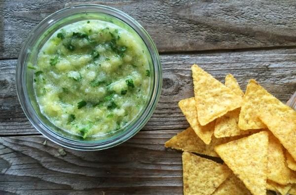 Pineapple Blender Salsa | mountainmamacooks.com