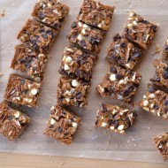 Dulce de Leche Cookie Bars | mountainmamacooks.com