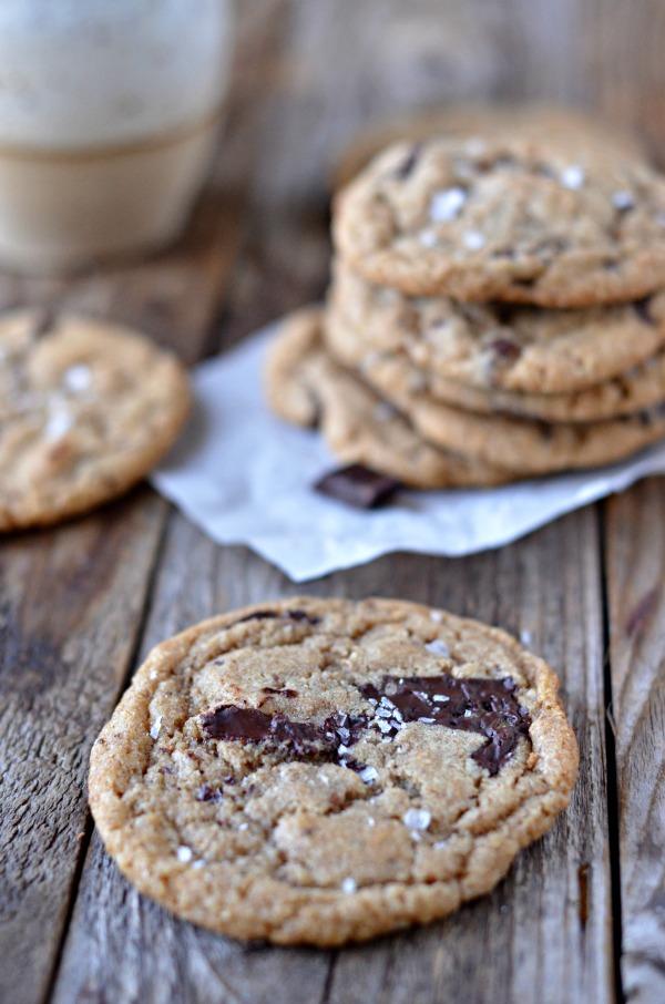 Whole Wheat Chocolate Chunk Cookies | mountainmamacooks.com