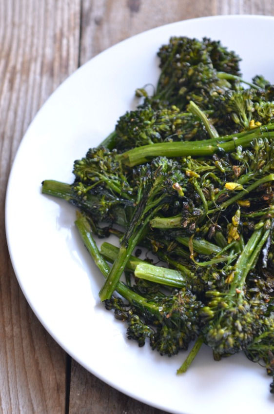 Crispy Roasted Broccolini | mountainmamacooks.com