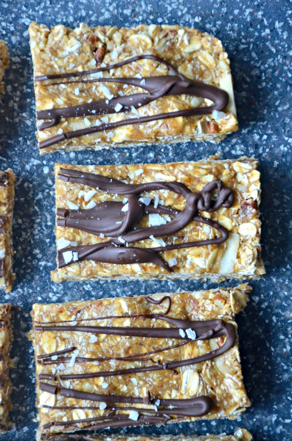 No Bake Chewy Healthy Granola Bars | mountainmamacooks.com