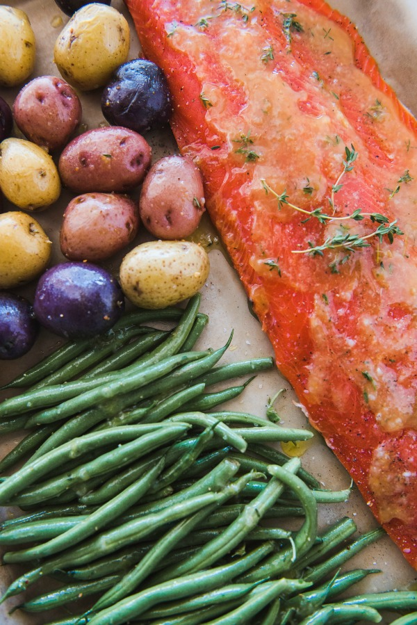 Sheet Pan Salmon Dinner | www.mountainmamacooks.com